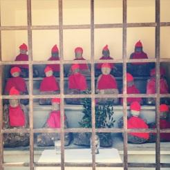 Mini monks